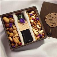 """Подарунковий набір """"Олія і горіхи"""""""